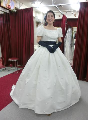 check out f3d95 528f7 ウェディングドレスショップアトリエアンのブログ » ドレスは ...