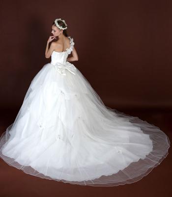 ベルライン フェアリー. ウェディングドレスショップアトリエアンのブログ